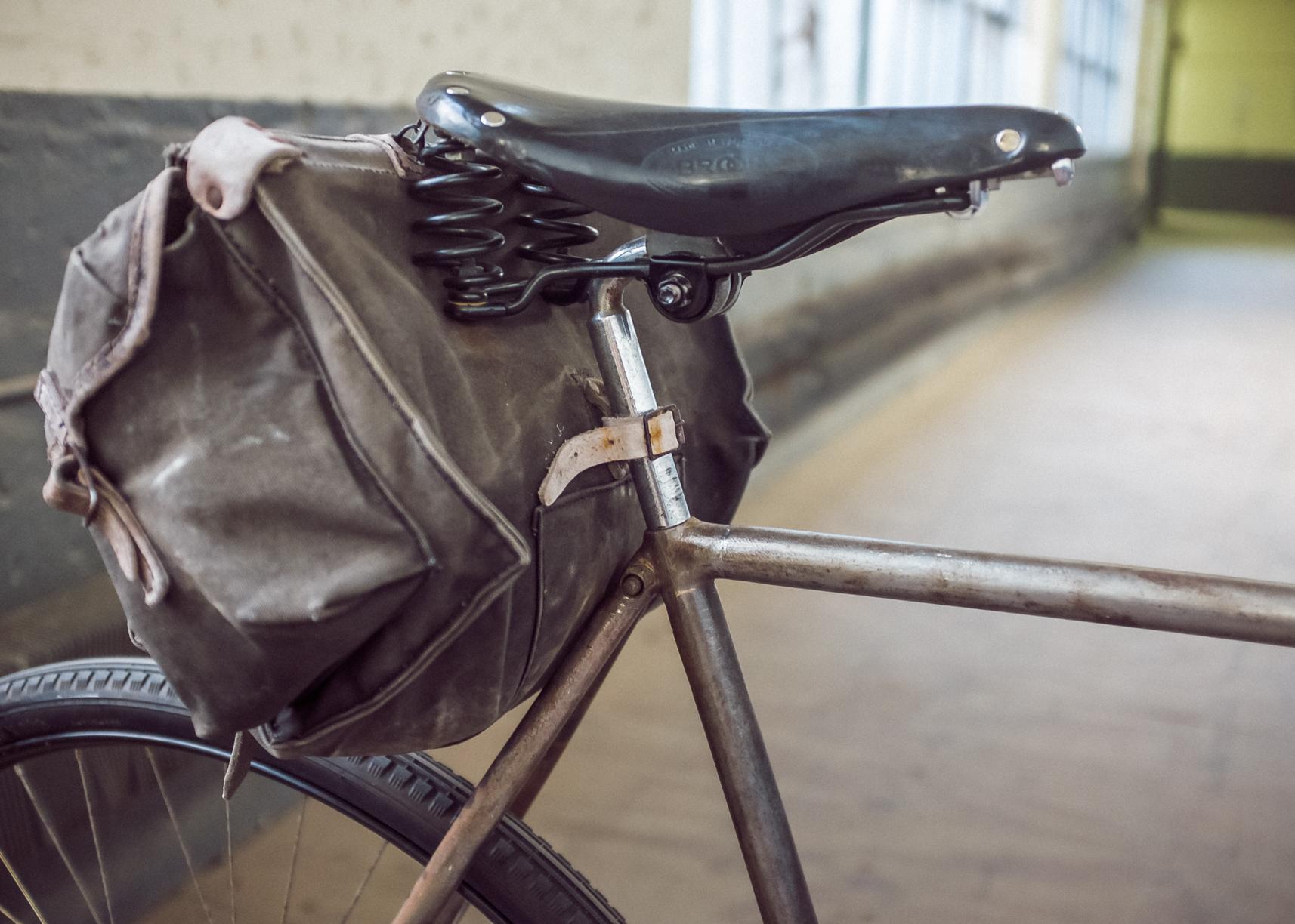 Bernard\'s 1920\'s Kerosene Lamp Bike | DELUXE CYCLES